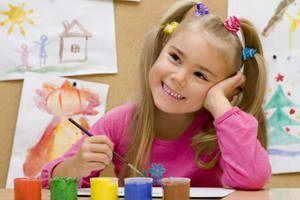 Як навчити дитину малювати.