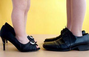 Як визначити розмір взуття дитини?