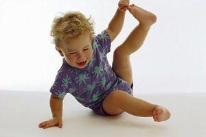 Лікування плоскостопості у дітей: допоможе гімнастика і масаж!